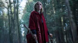 Sabrina versucht ihren Platz zwischen der Menschen- und Hexenwelt zu finden.