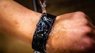 Wasserspritzer oder fließendes Wasser?