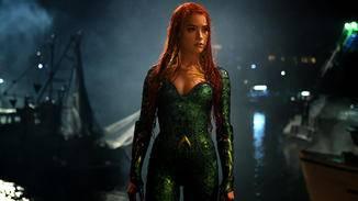 Amber Heard als Mera ...