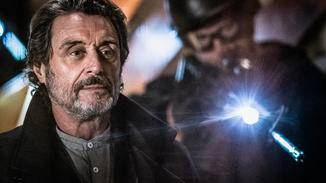 Ian McShane ist als Hellboys Ziehvater Professor Broom am Start.