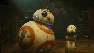 Sieht so aus, als hätte BB-8 mit D-0 einen neuen Freund gefunden.