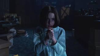 """Mckenna Grace ist in """"Annabelle Comes Home"""" als Judy Warren zu sehen."""