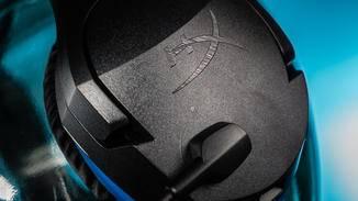 """Das """"HX""""-Logo ist unaufdringlich, aber das Gesamtdesign schreit """"Gaming Headset""""."""