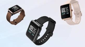 Die Amazfit Health Watch geht in verschiedenen Farben an den Start.
