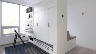 ... begehbarer Kleiderschrank und Arbeitszimmer in einem.