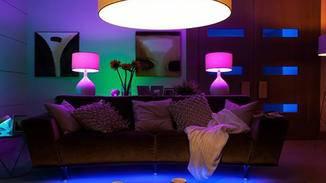 Philips Hue erlaubt die Lichtsteuerung per Smartphone.