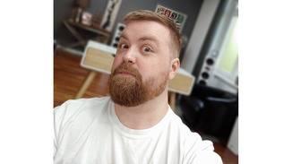 Ein Selfie von Jens mit Unterstützung des ToF-Sensors im LG G8S.