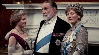 DOWNTON ABBEY König Königin