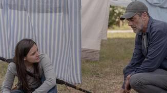 The Walking Dead-S10E04-Negan-Lydia-Eliza Morse-AMC