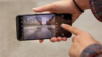 Motorola One Zoom Foto
