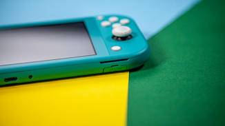 nintendo-switch-lite-unten