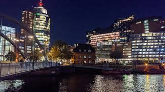 Pixel 4 Hafen City mit Nachtmodus