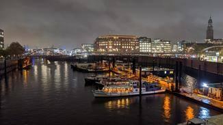 Pixel 4 Hafen mit Nachtmodus
