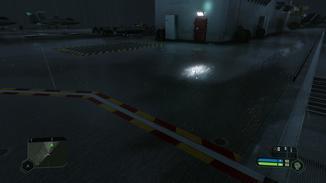 Diese Lampe hingegen spiegelt sich mit Screen Space Reflections auf dem Boden.