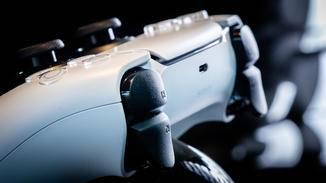 ps5-dualsense-controller-front