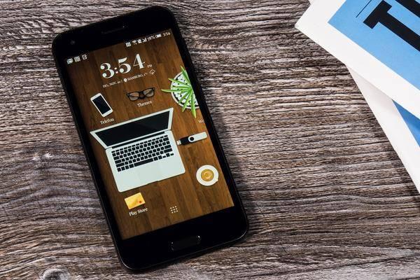 htc one a9s im test iphone 6s f r arme und das ist gut so. Black Bedroom Furniture Sets. Home Design Ideas