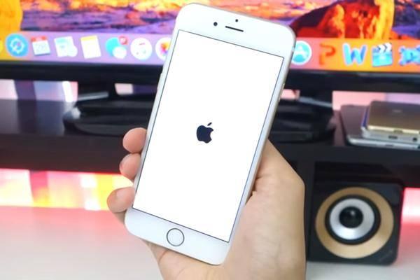 iphone 6s apple startet reparatur programm gegen abschaltung. Black Bedroom Furniture Sets. Home Design Ideas