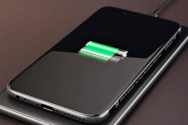 iPhone-2019-k-nnte-zur-Wireless-Ladestation-mit-USB-C-Netzteil-werden