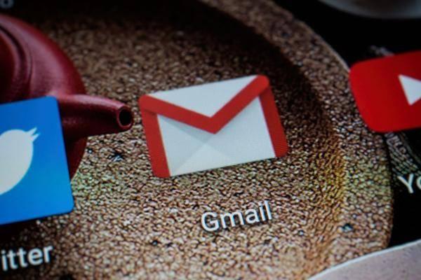 E-Mail-Anhang-speichern-Fotos-sichern-auf-iPhone-Android