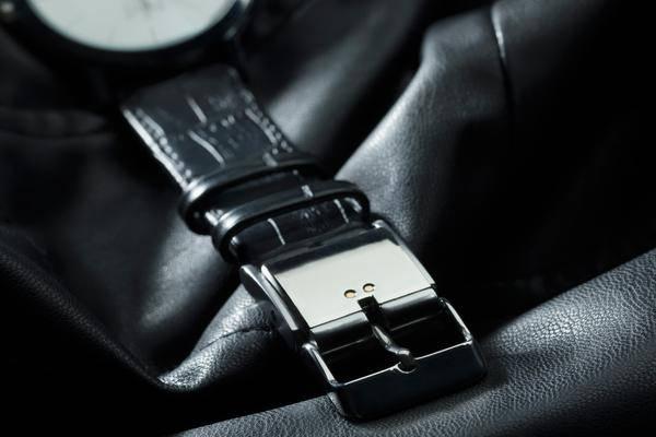 Smart-Buckle-Diese-Schnalle-macht-jede-Uhr-zum-Fitness-Tracker
