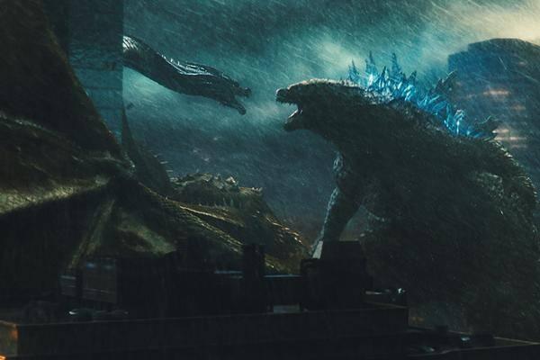 Das-haben-Godzilla-2-und-Aliens-Die-R-ckkehr-gemeinsam