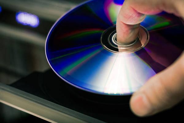 CDs und CD-Player reinigen: So geht's