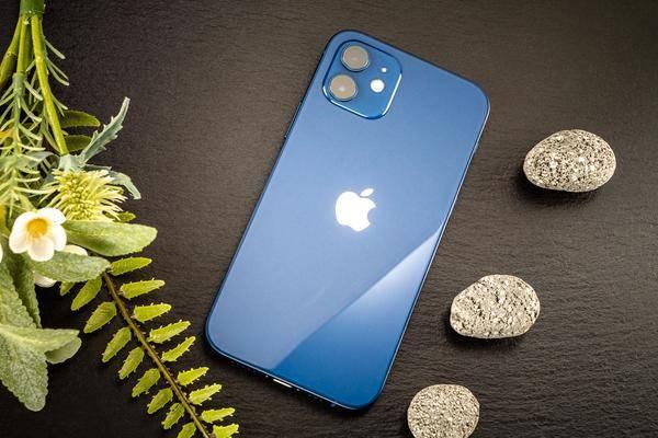iPhone 12: Zahlreiche Nutzer klagen über schwachen Akku