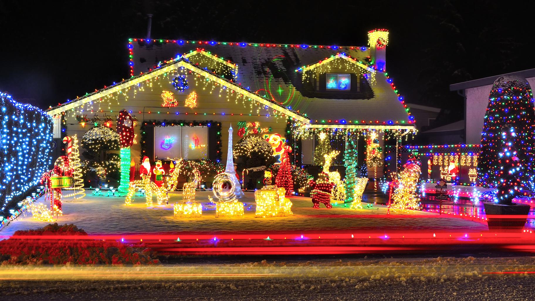 Amerikanische Weihnachtsbeleuchtung.So Irre Kann Das Haus Zur Weihnachtszeit Aussehen