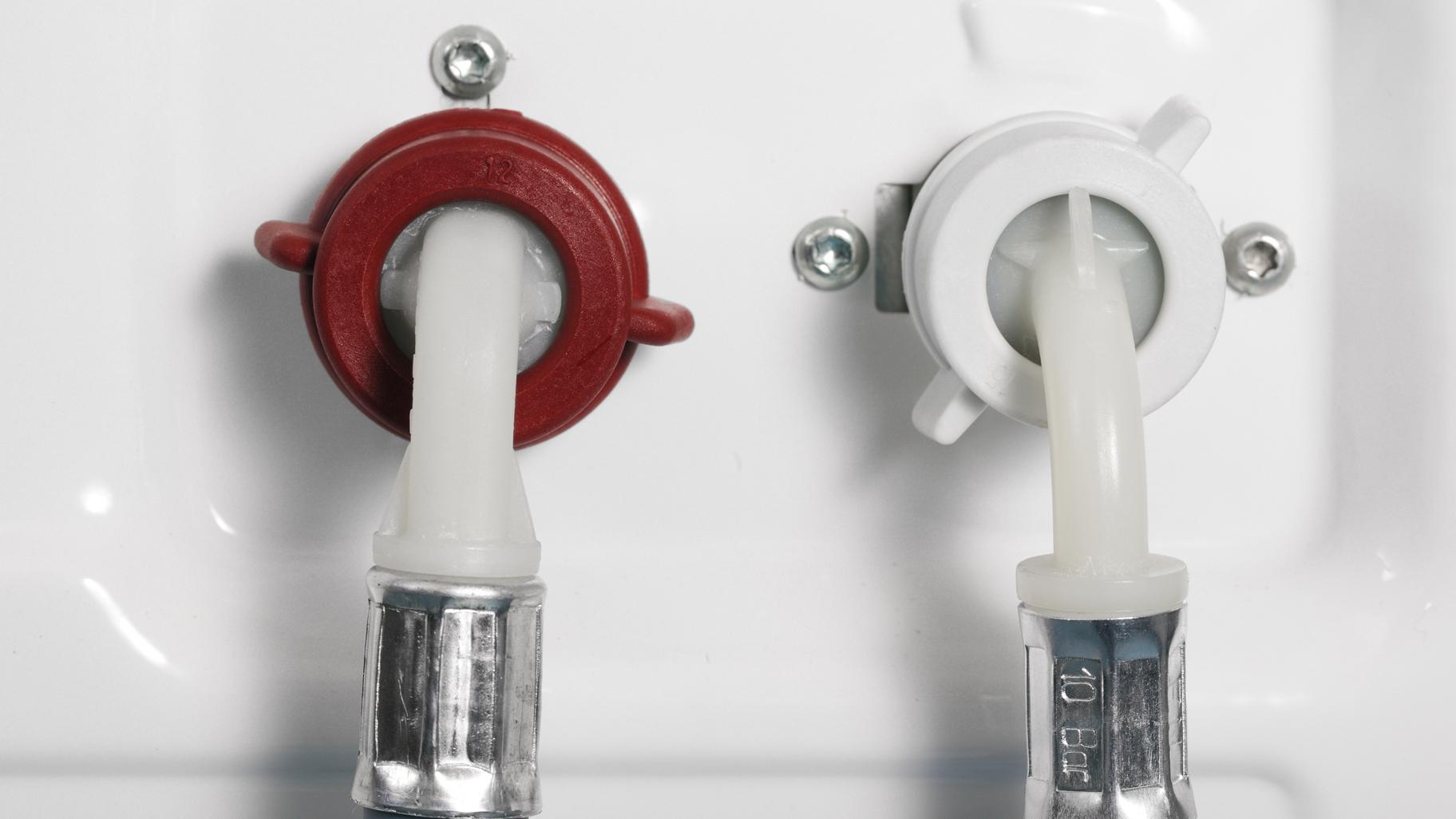 Hervorragend Waschmaschine anschließen: Mit dieser Anleitung klappt es FN18