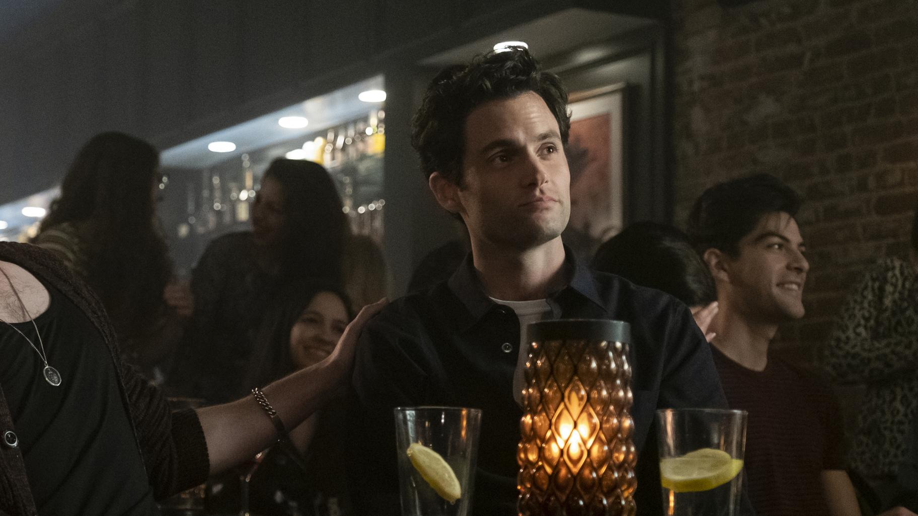 """You"": Penn Badgleys Joe erfindet sich im Trailer zu Staffel 2 neu"